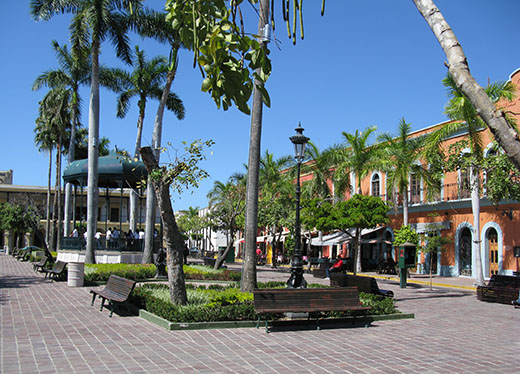 Plaza Machado will come to life a midday, when the restaurant owners bring their tables outside and open for business