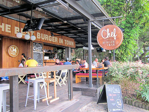 Outdoor dining is an all-year benefit of Medellín, where many restaurants have no walls