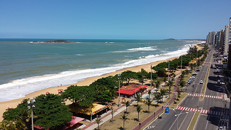 Itaparica Beach at the southern end of Vila Velha