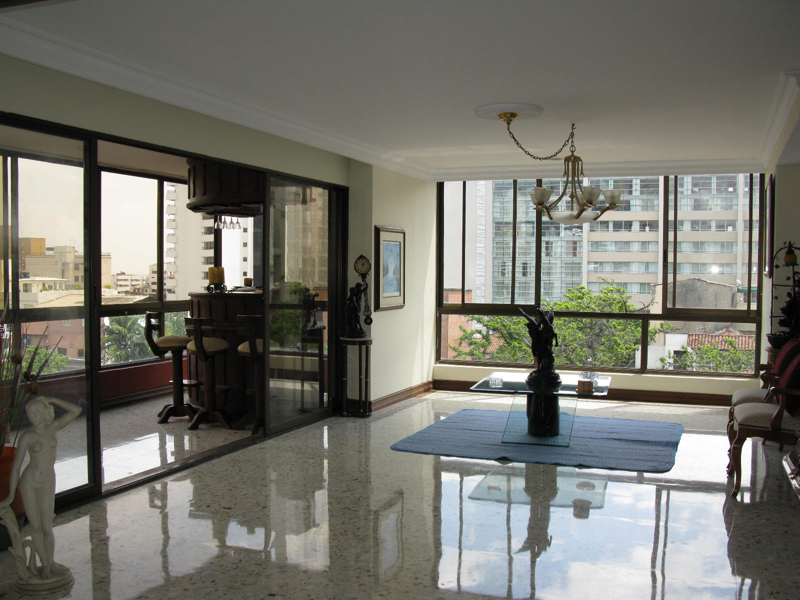 With just one apartment per  floor, every room has a view