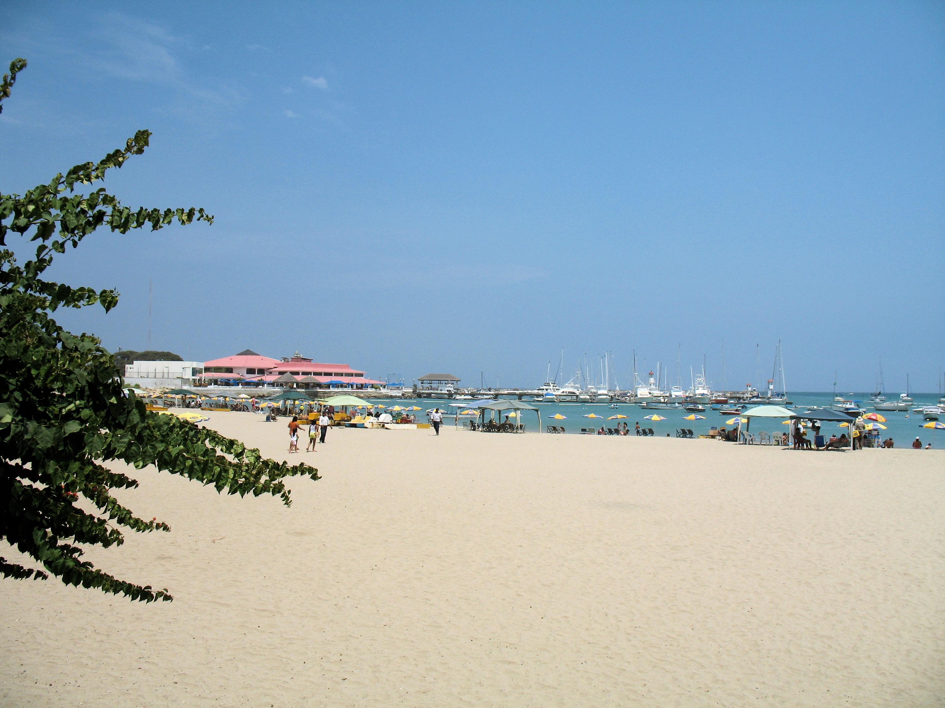 Salinas boasts one of the few marinas anywhere  on the coast