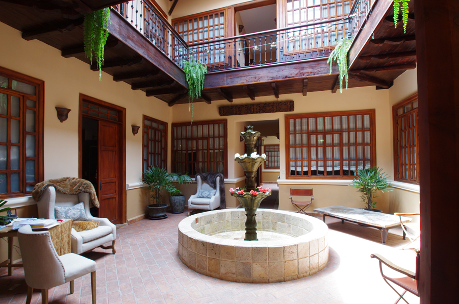 A colonial masterpiece in the heart of Cuenca's  historic district