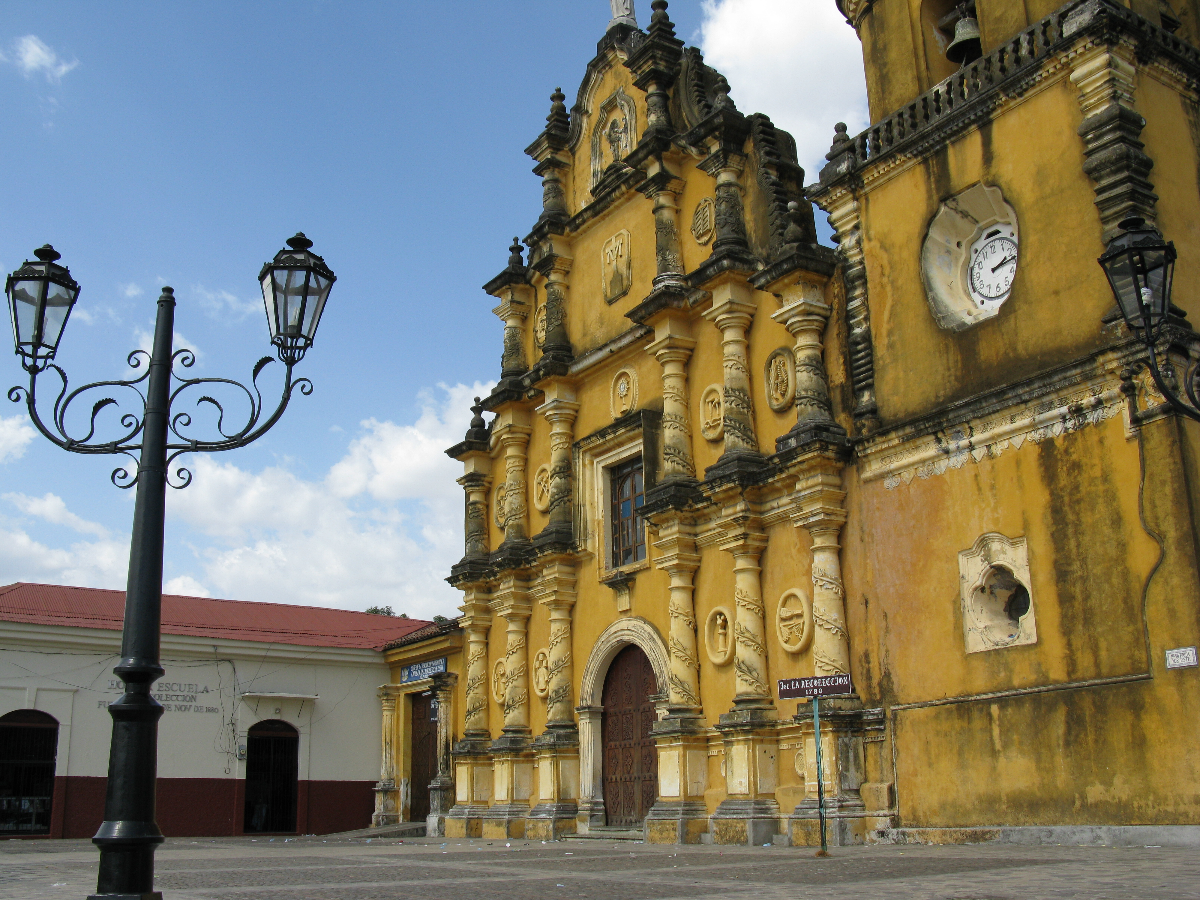León's La Recolección church has been a landmark since 1780