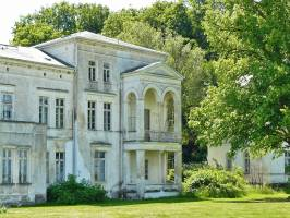 7 Tips For Restoring Real Estate Abroad