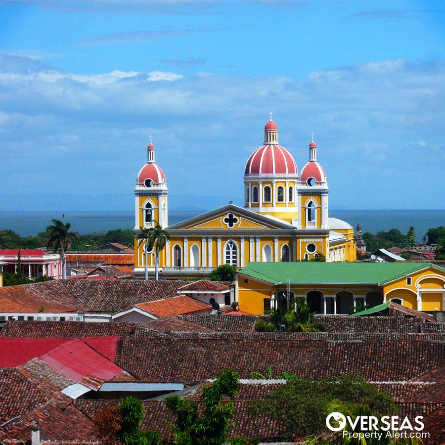 granada_nicaragua-church