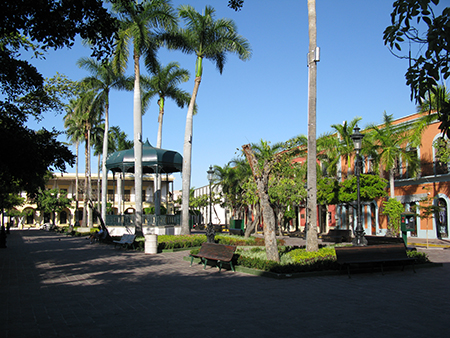 Plaza Machado day