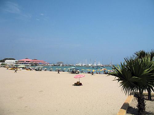 Salinas boasts one of the few marinas anywhere on the Ecuadorian coast