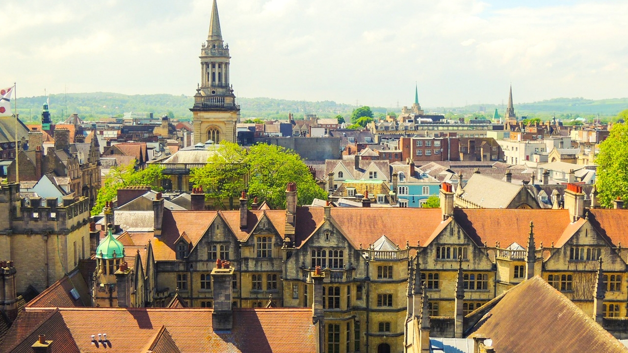 oxford england university dorms and houses