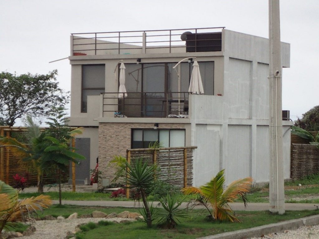 A three stroy home in Punta Blanca, Ecuador