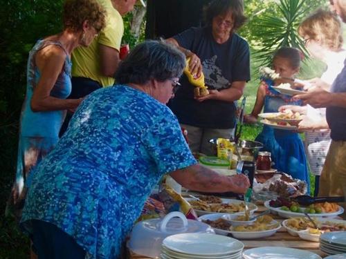Carmelita bbq picnic